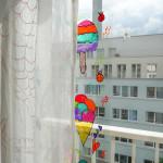 Kreative Sommer-Aktivität mit Kindern: Eiscreme Glasmalerei DIY