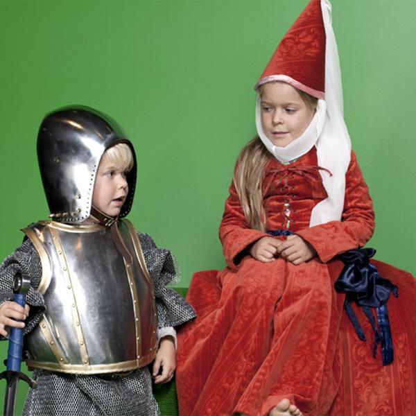 Ritterspiele für Buben und Mädchen
