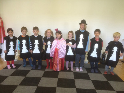 Spannende Halb- und Ganztagscamps Schach und Polysport / Exciting half and full day camps chess and polysport